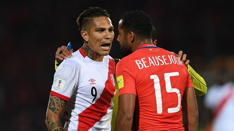 La relación entre Chile y Perú está plagada de rivalidades, no solo en el fútbol.