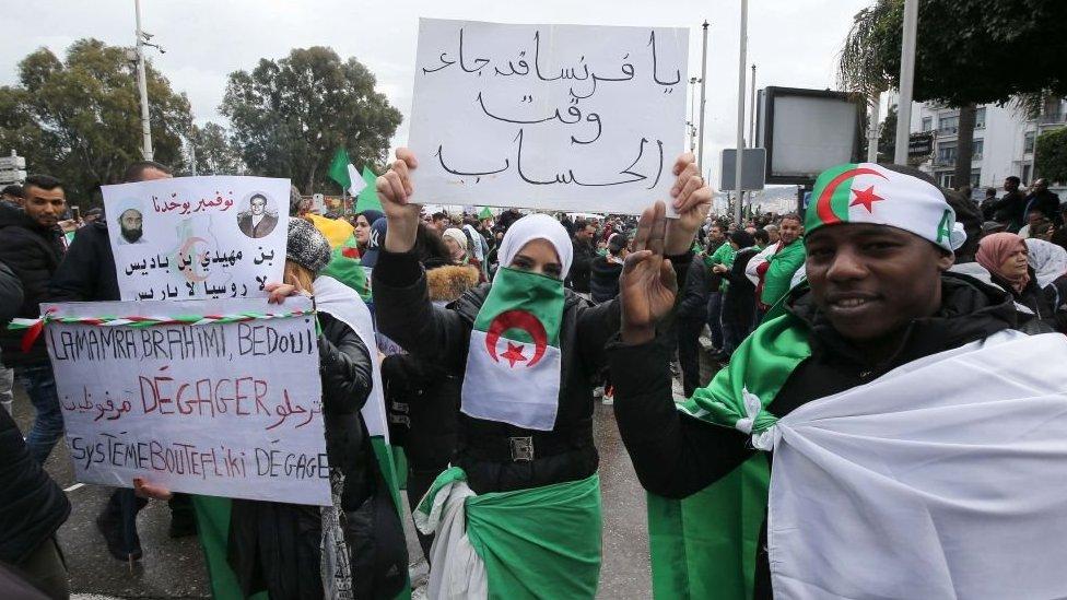المتظاهرون الجزائريون في 22 مارس/آذار 2019
