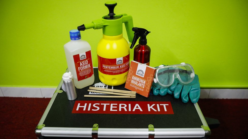 The 'anti-hysteria' kit