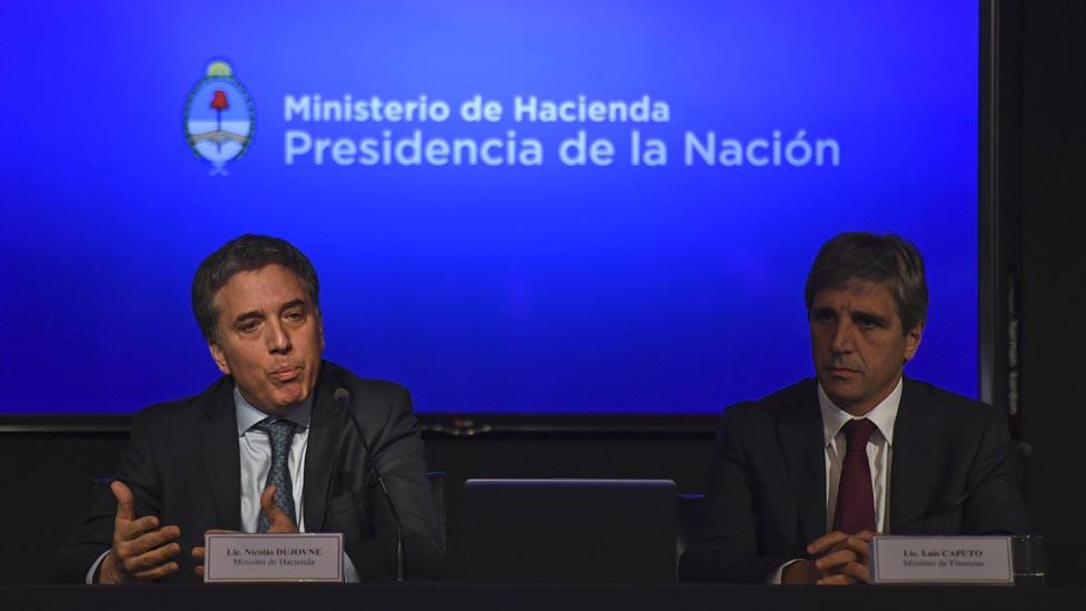 Ministros de Hacienda, Nicolás Dujovne, y de Finanzas, Luis Caputo