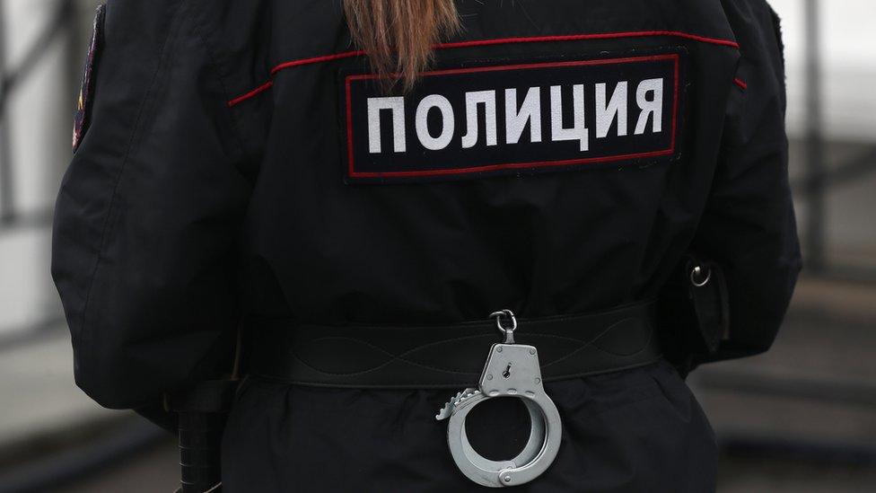 МВД: в Петербурге отец взял в заложники своих шестерых детей