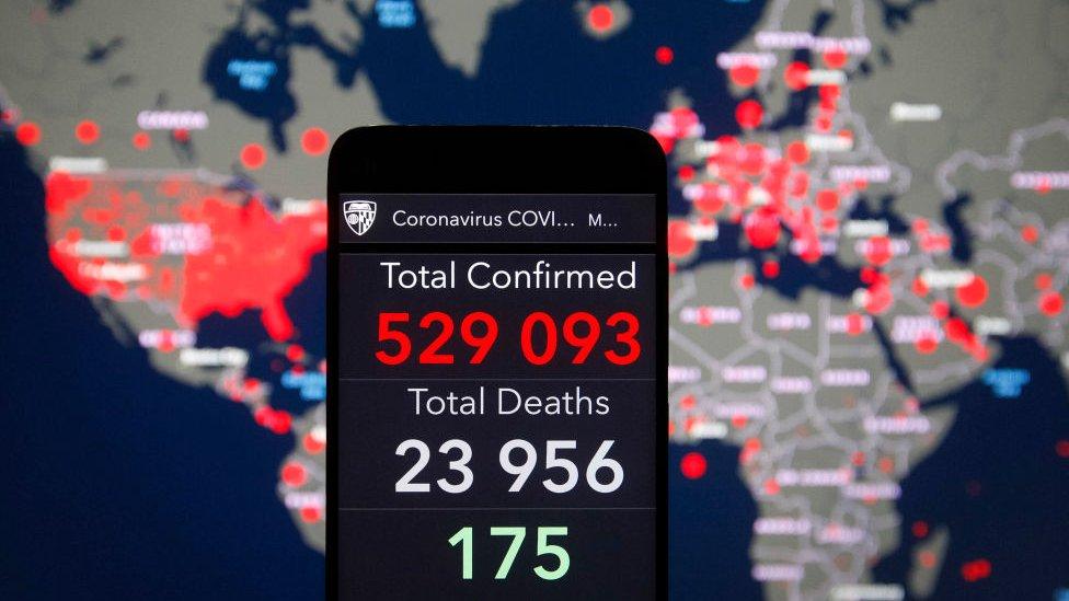Mapa de casos y víctimas del coronavirus.