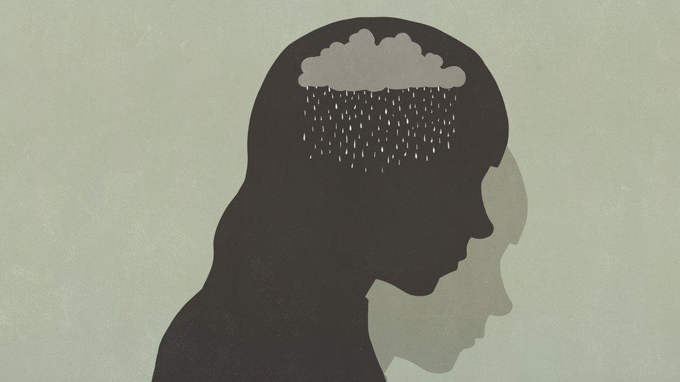 Ilustração de cabeça com nuvem de chuva