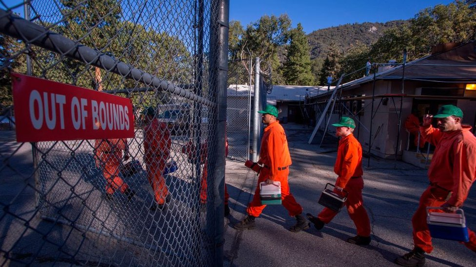 Priisoneros en California, EE.UU.
