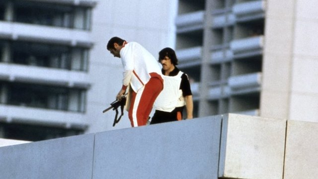 Police on rooftop during Munich siege 1972