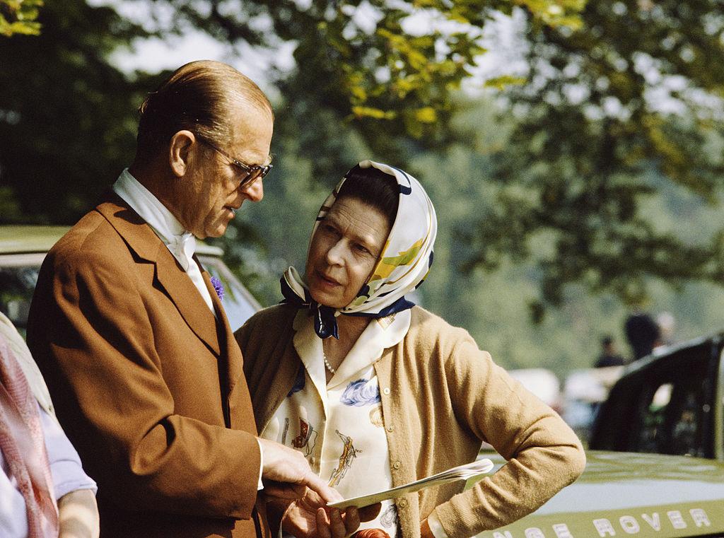 La pareja fotografiada durante una exhibición de caballos en los terrenos del palacio de Windsor en mayo de 1982.
