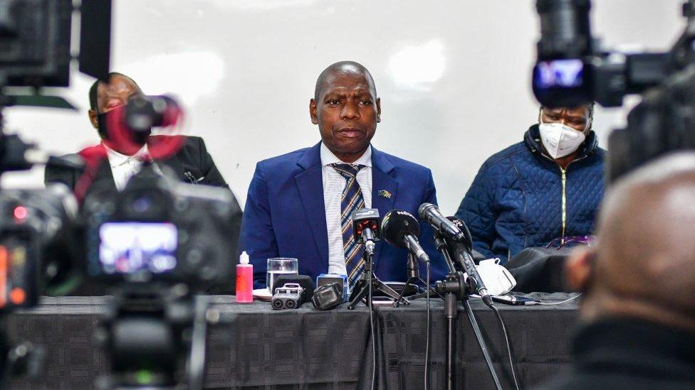 Ministro de Sanidad, Zweli Mkhize.