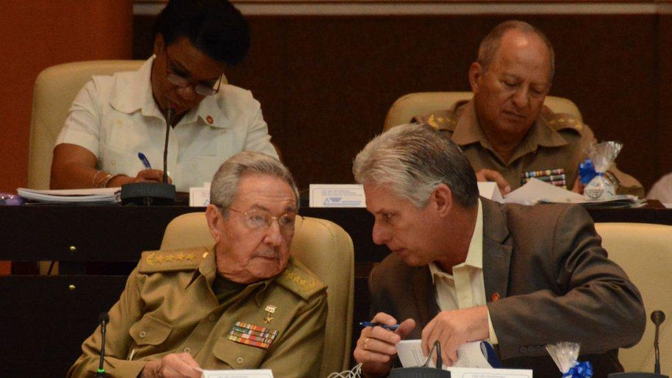 Raúl Castro y Díaz-Canel.