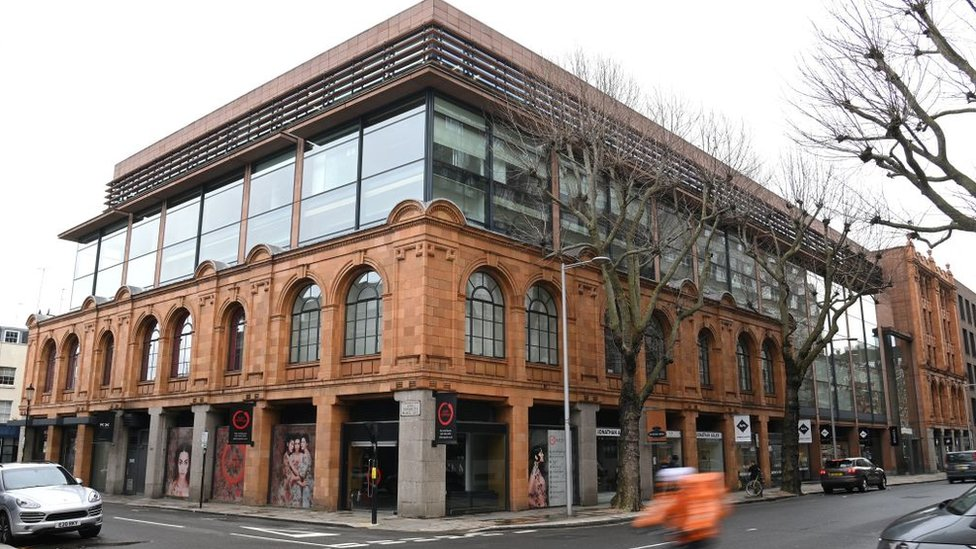 Edificio en la avenida Sloane, Londres