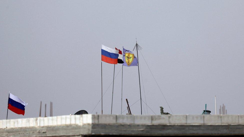 Российская армия вошла в Манбидж, где еще вчера была база США