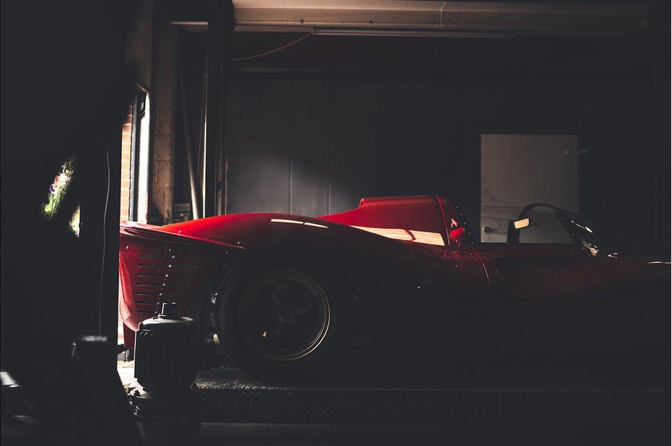 Replica Ferrari P4