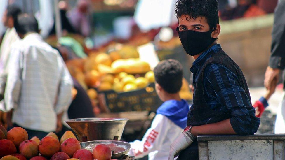 شاب يمني في تعز - 1 يونيو 2020