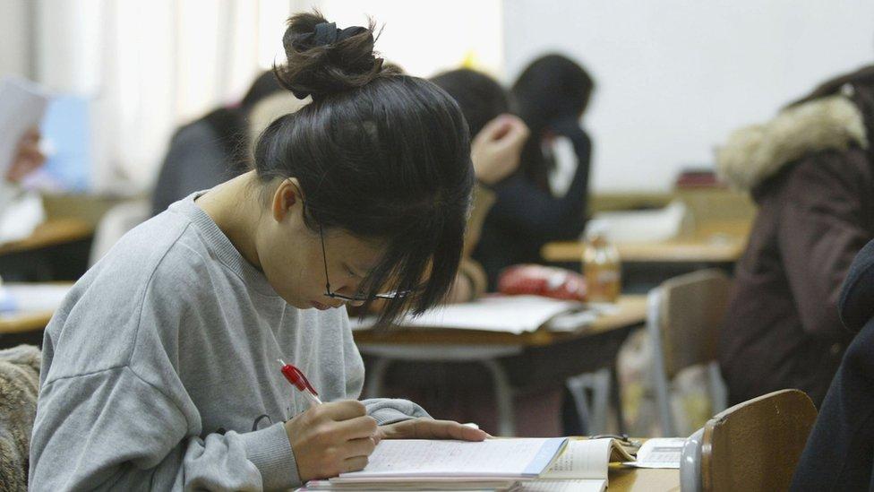 Estudiante en un examen