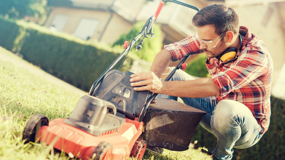 Bank holiday warning over gardening and DIY accidents