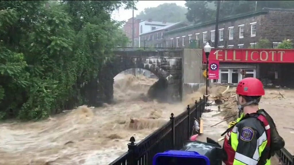 Maryland flooding: Water rages through Ellicott City streets