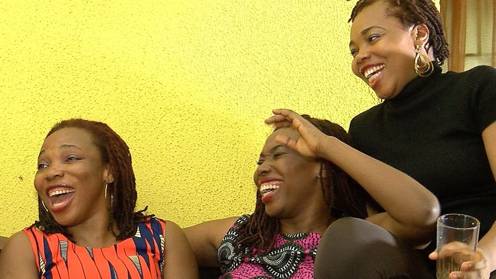 Chioma Ogwuegbu (L) and her sisters in Lagos, Nigeria