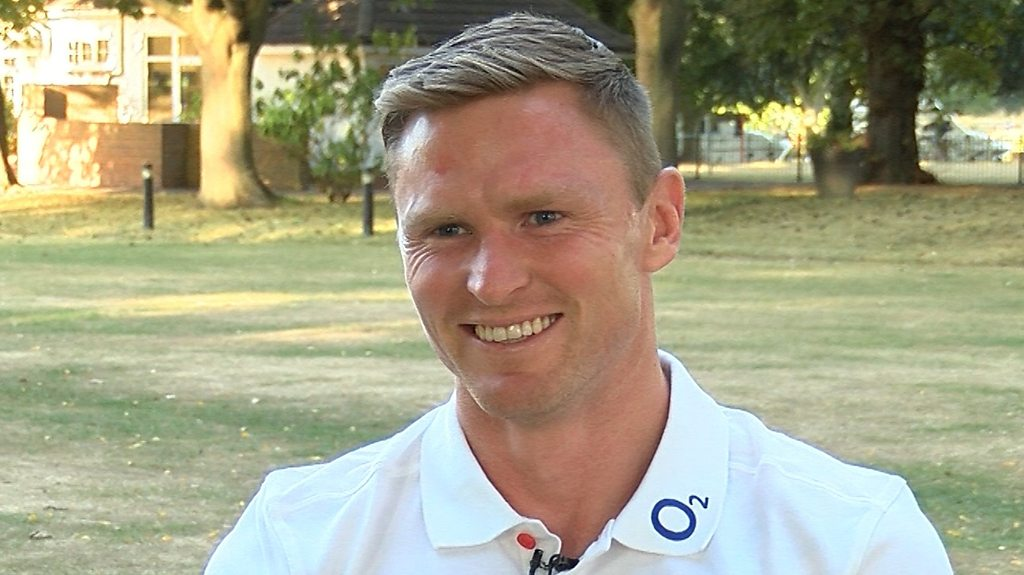 Chris Ashton: Winger 'feels like a new player' after England recall