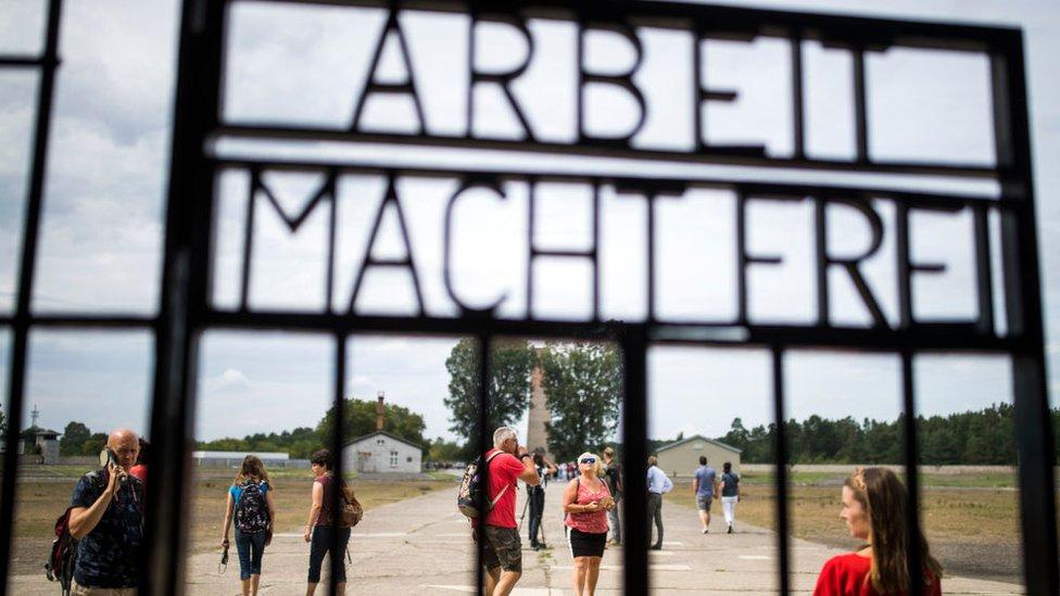 Dve stotine hiljada zatvorenika držano je u logoru Zahsenhauzen od 1936. do 1945. godine