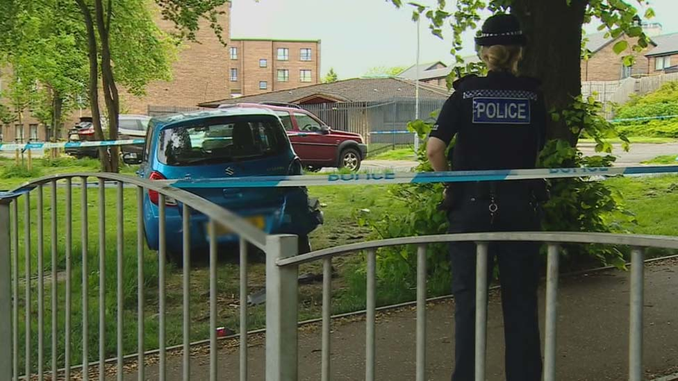 Man shot at in attempted murder in Scotstoun