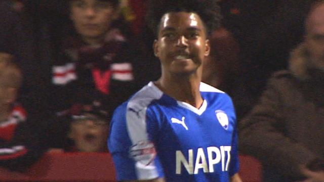 Simons scores Chesterfield's third goal