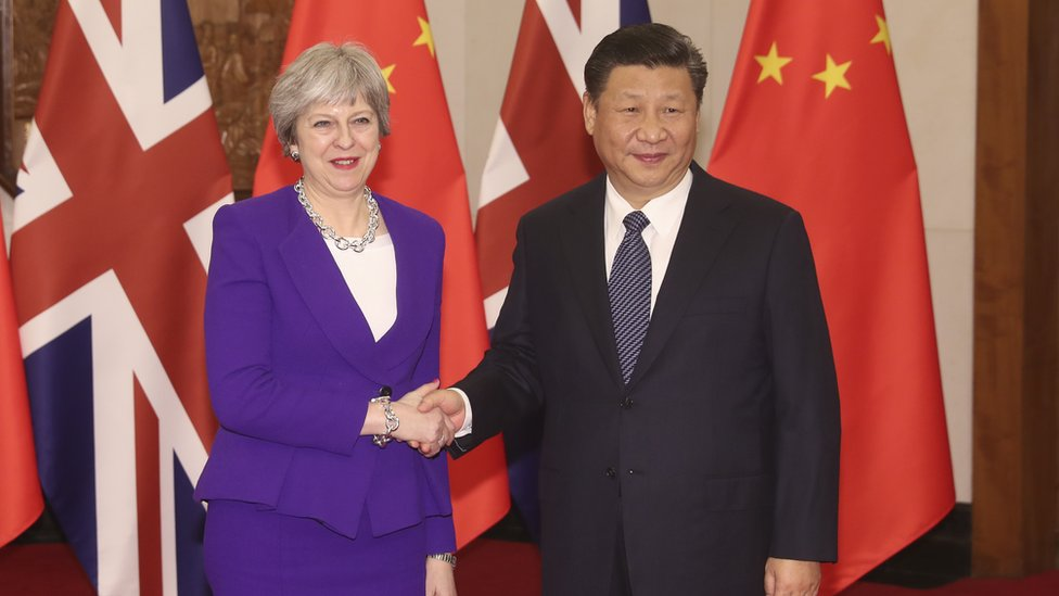 Theresa May meets Chinese President Xi Jinping