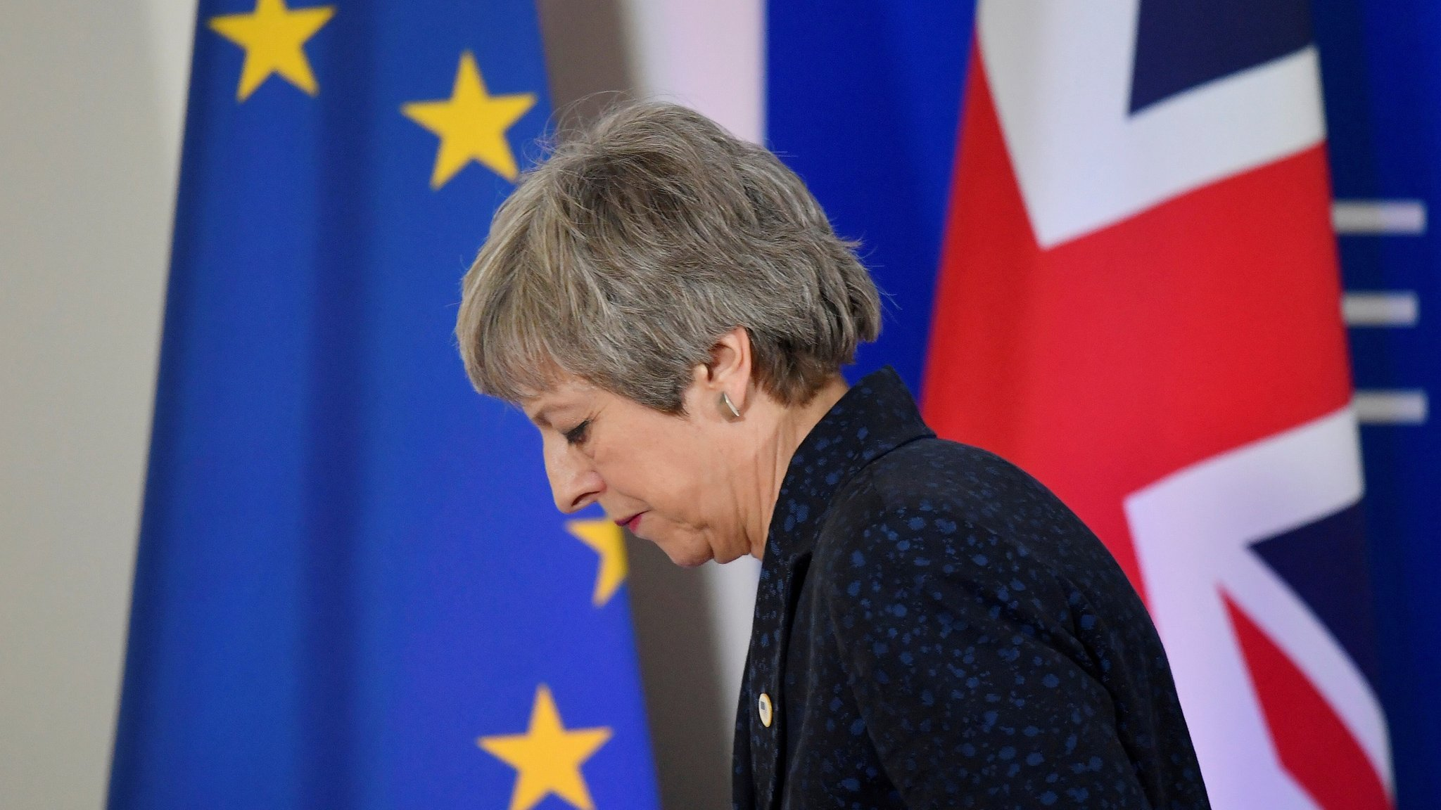Theresa May resigns: What happened?