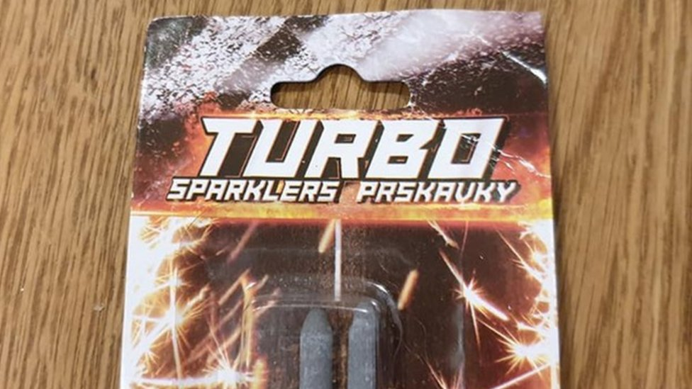 The packaging of the sparklers