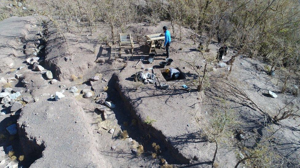 Excavación en Iglesia Colorada