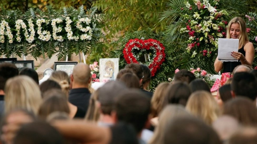 Un funeral de la familia LeBarón