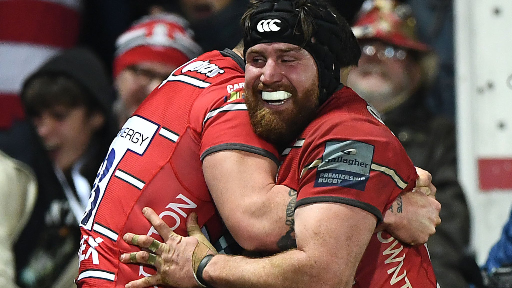 Premiership: Gloucester beat leaders Exeter 24-17 at Kingsholm