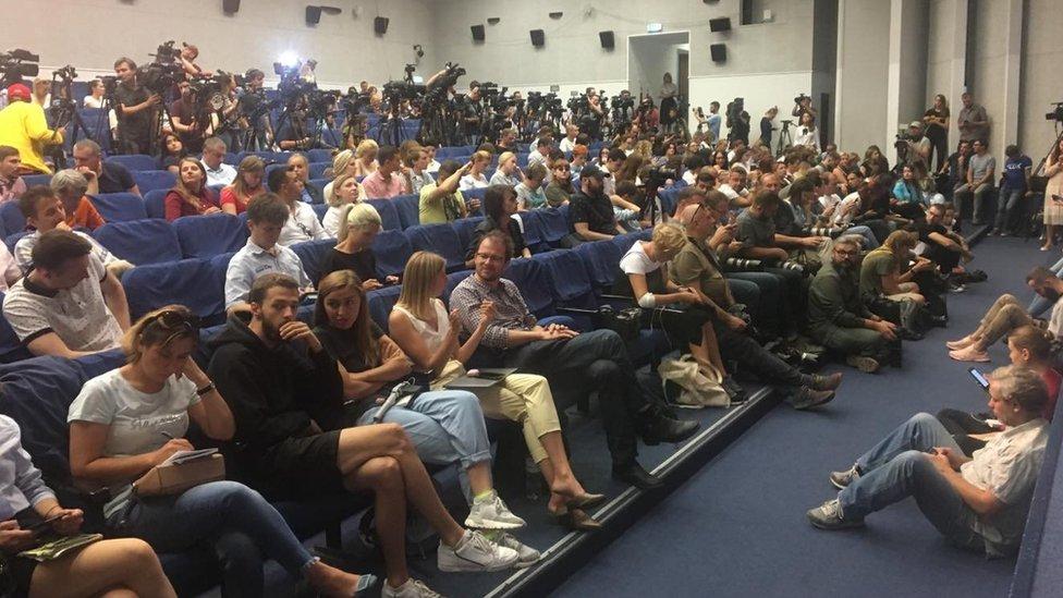 Прес-конференція Кольченка та Сенцова