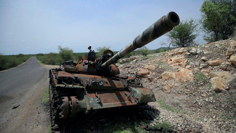 دبابة محطمة في الصراع في تيغراي