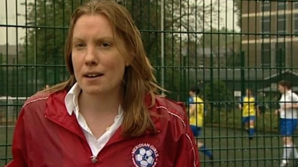 Sports Minister Tracey Crouch sings support for England
