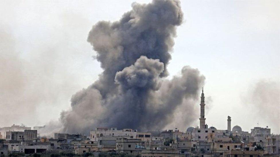 ادلب السورية تحت القصف