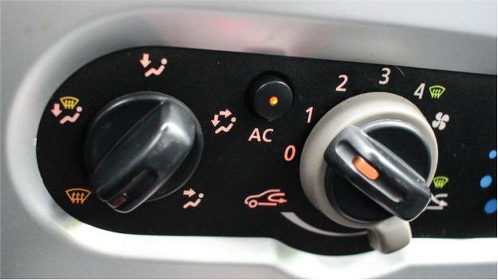 從2017年起所有新車必須使用一種叫四氟丙烯HFO-1234yf的制冷劑。