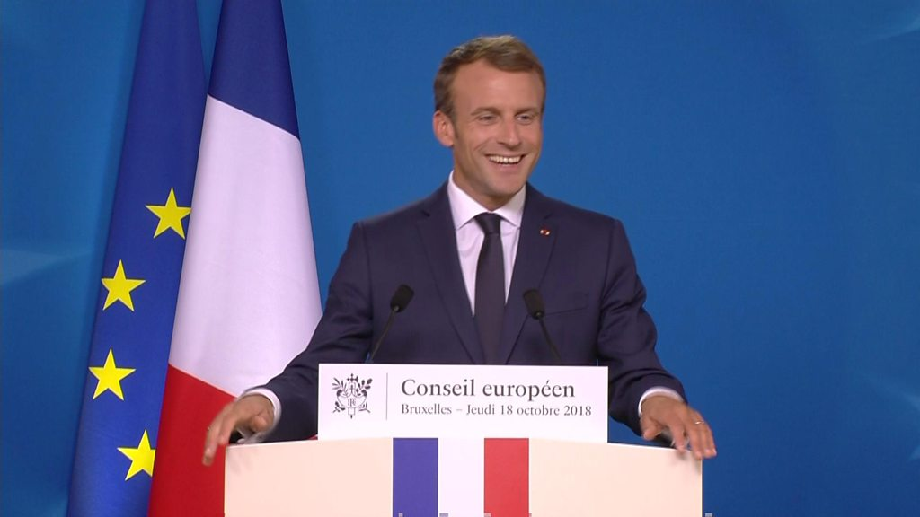 Macron: Brexit visa fears are 'fake news'