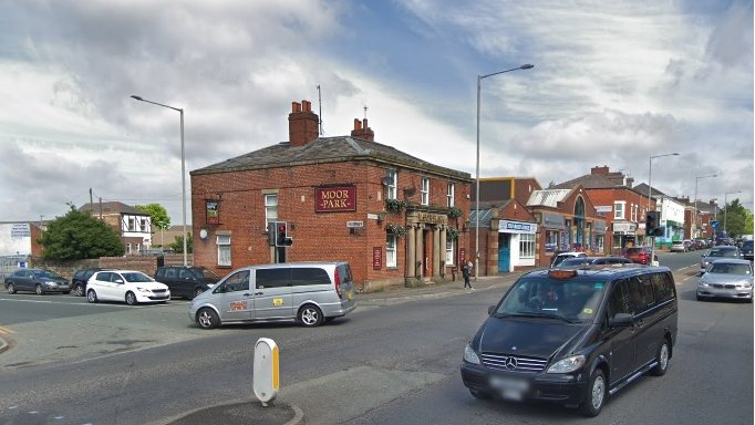 Preston cyclist 'knocked unconscious' in would-be robbery