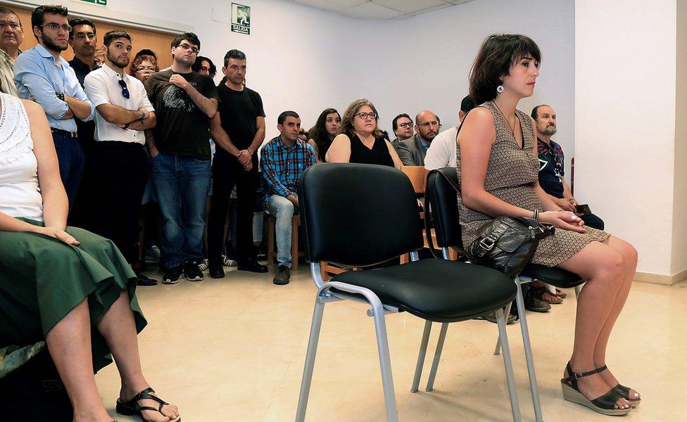 Juana Rivas, en la corte.