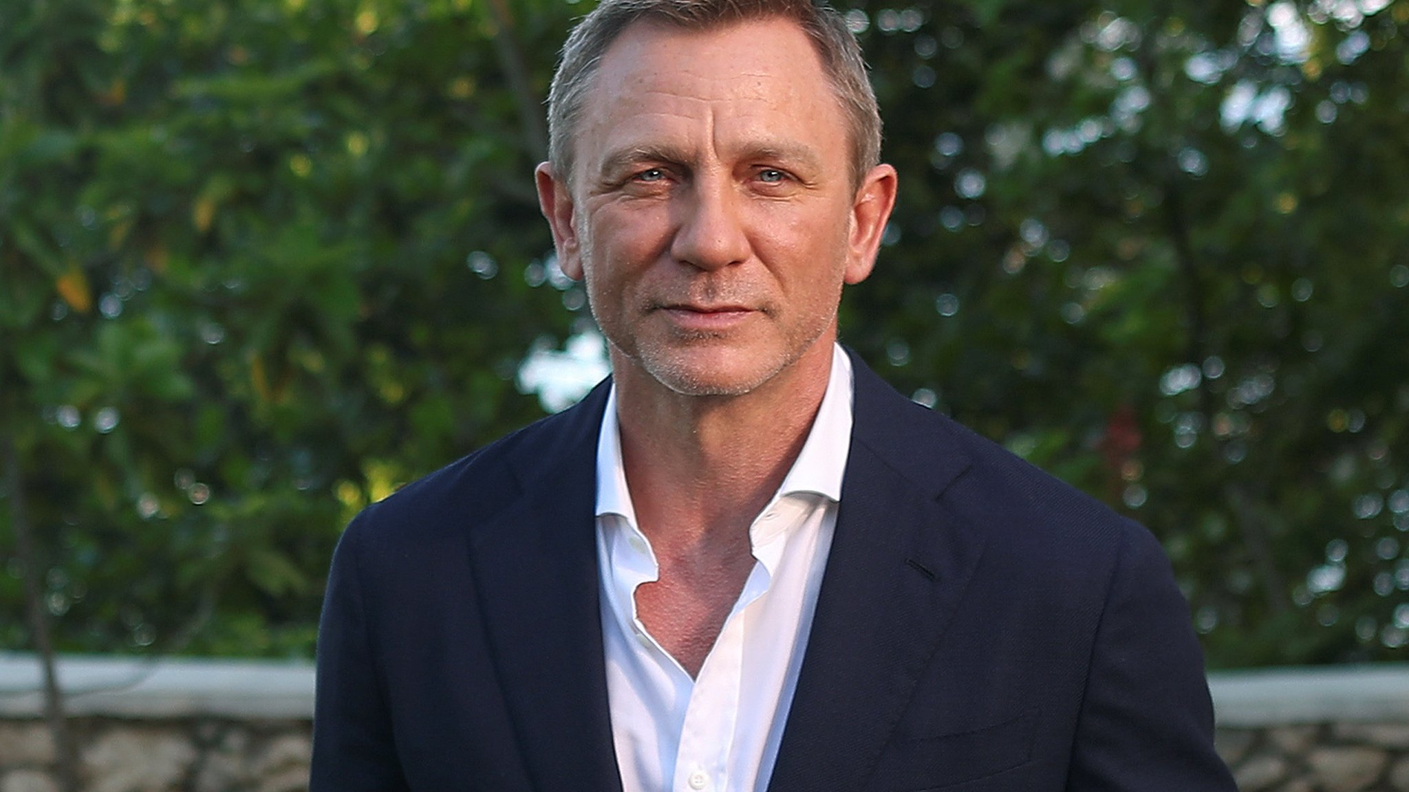 Daniel Craig to undergo ankle surgery following Bond injury