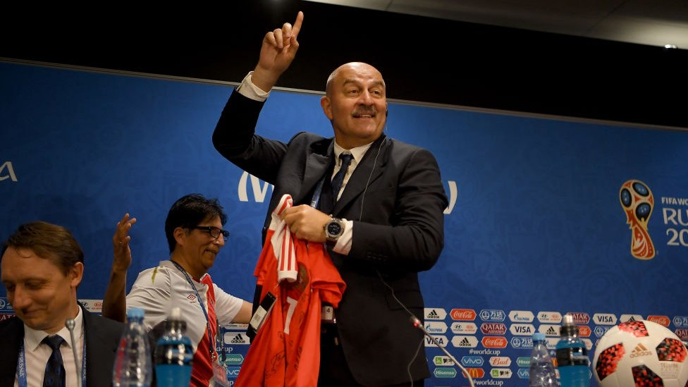 """El técnico Stanislas Cherchesov dijo que: """"Él dijo que íbamos a ganar hace mucho tiempo""""."""