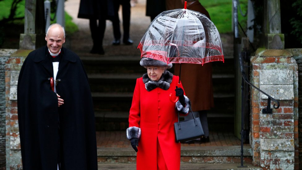 Covid-19: Sandringham Royal Family fans left 'disappointed' thumbnail