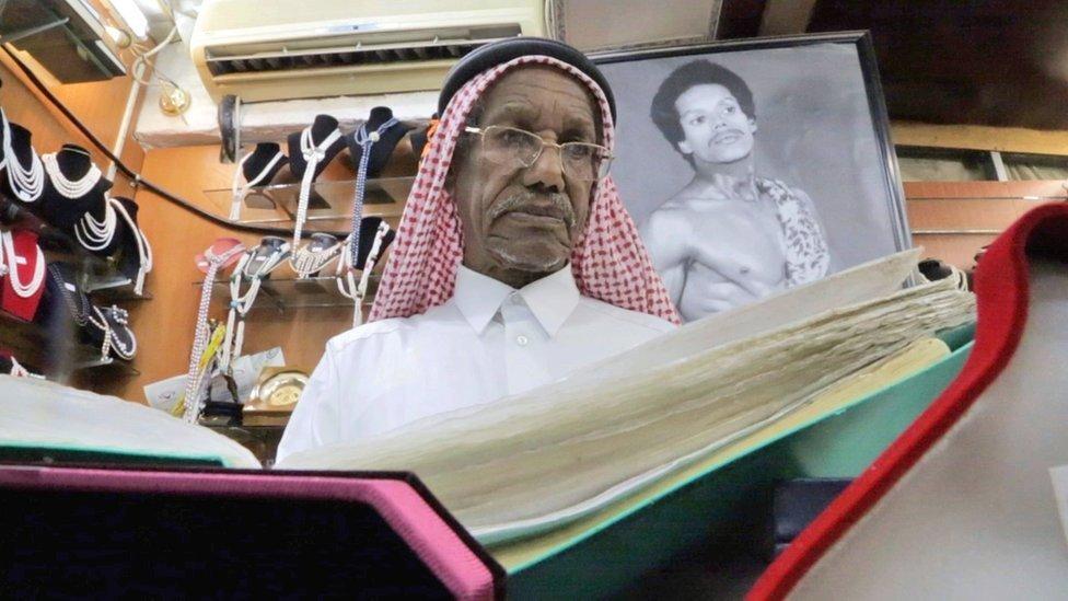Los qataríes creen que hoy viven mejor.