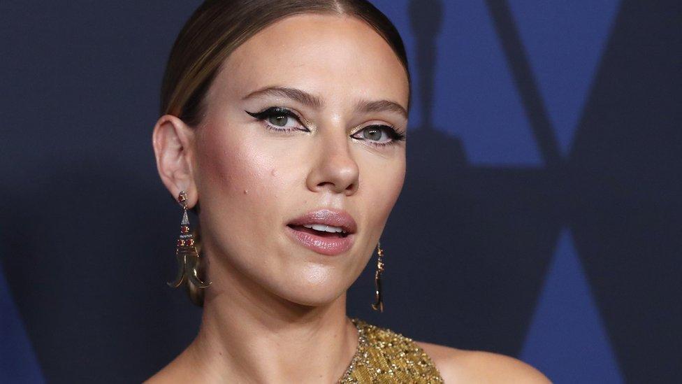 Johansson está nominada en dos categorías diferentes por sus papeles en