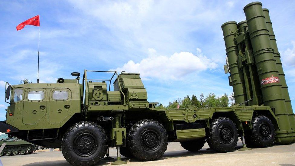 S-400 surface-to-air missile launcher