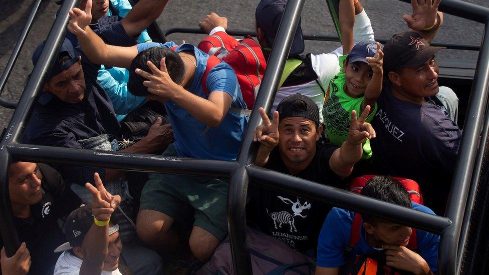 بدأت طلائع المشاركين في القافلة بالوصول إلى ولاية كيوريتارو