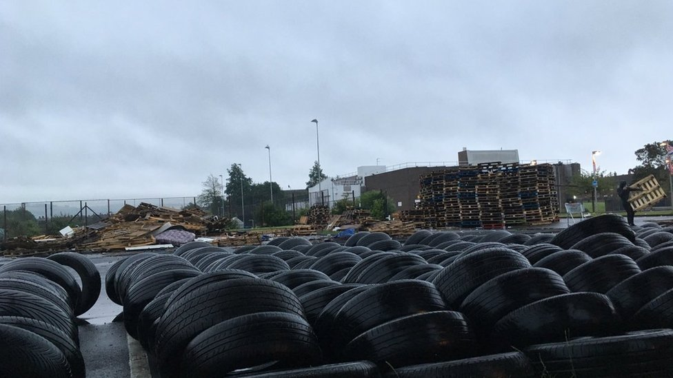 Tyres removed at Avoniel