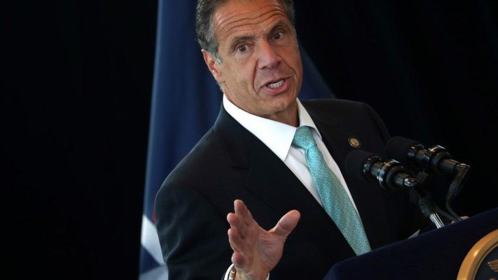 Губернатор Нью-Йорка Эндрю Куомо обвинен в сексуальных домогательствах