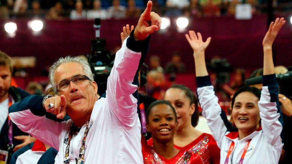 Geddert 2012 Olimpiyatları'nda ABD Kadın Jimnastik Takımı'nın antrenörüydü