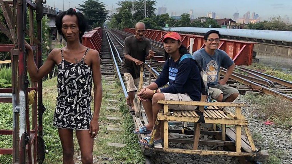 Manila's 'trolley boys'