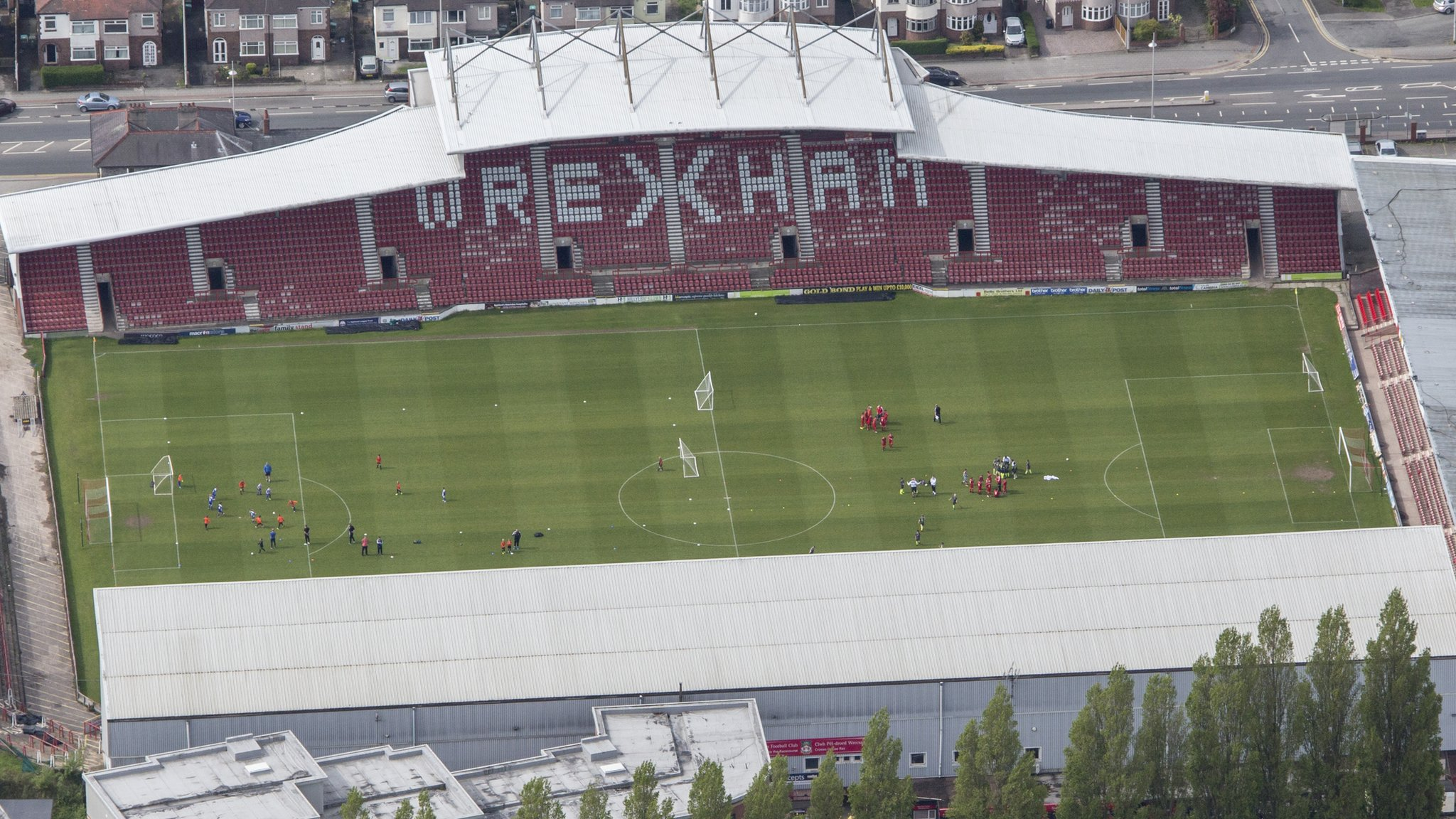 Wales to host Trinidad and Tobago at Wrexham's Racecourse